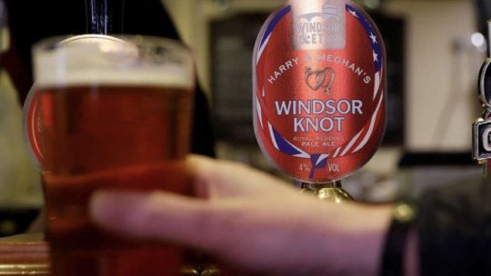 Windsor Knot Royal Ale